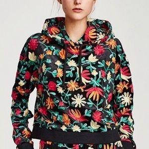 ✨ Zara knit embroidered crop hoodie